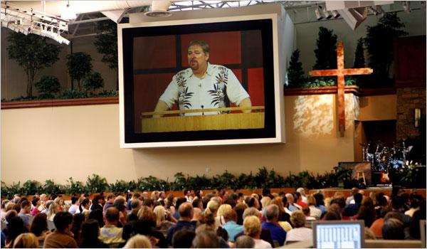 Rick Warren on the giant screen at his Saddleback megachurch.