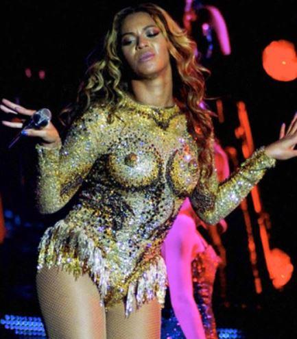 Beyonce with nipples
